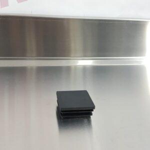 פקק לחיצה פלסטיק שחור לפרופיל 40
