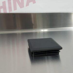 פקק לחיצה פלסטיק שחור לפרופיל 80